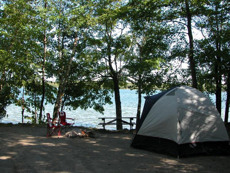 We are a family-run c&ing and cottage resort celebrating over 60 years in business! Our park features picturesque lakefront and wooded sites on Miller ... & Camping - Summer House Park