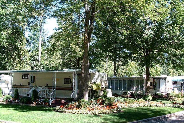 Camping Wasaga Pines Cottage Amp Rv Resort Parkbridge