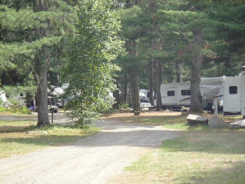 51Blueberry Hill Motel and Campground.JPG